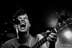 Christelle Duvenage is well known on the live band photography circuit for her capabilities to capture the raw expressive emotions of the artist on stage.