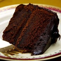 The first of a long line of Presidents, George Washington never had a White House chef, but he did have Martha, an exceptional cook who created this inspiring Devil's Food Cake, allegedly a Presidential favorite.