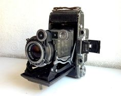 Hey, I found this really awesome Etsy listing at https://www.etsy.com/listing/225408144/soviet-camera-vintage-camera-moskva-2