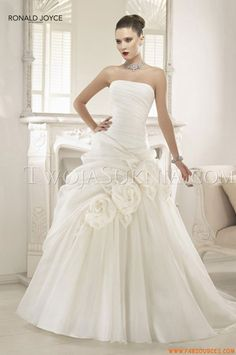 Robes de mariée Ronald Joyce Peaches 2013