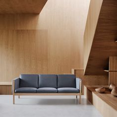 Shop the / Sofa and more contemporary furniture designs by Carl Hansen & Son at Haute Living. Sofa Design, Interior Styling, Interior Design, Luxury Sofa, Hans Wegner, Chair And Ottoman, Wood Pieces, Contemporary Furniture, Side Chairs