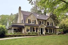 The roof shape is so distinctive that nearly any home displaying a gambrel roof, even more complex Colonial Revival house plans, may be classified as Dutch. Description from pinterest.com. I searched for this on bing.com/images