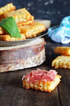 Galletas saladas de parmesano y albahaca Más