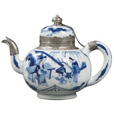 Qing Dynasty, Kangxi Period (1662-1722)  Chinese Blue and White Covered Teapot Exported to Holland. Monogrammed Dutch Silver Mounts. The Letter 'G' in Underglaze Blue on the Base