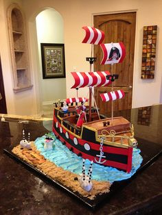 Wish i had the skill for this pirate cake!