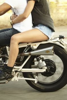 Love taking motorcycle rides with my sexy man! Exploring this incredible city we live in together. (Riding in shorts is a stupid move, I just love this picture). Shel Silverstein, Sexy, Caroline Forbes, Jolie Photo, Culottes, Biker Girl, Poses, Ducati, Cute Couples