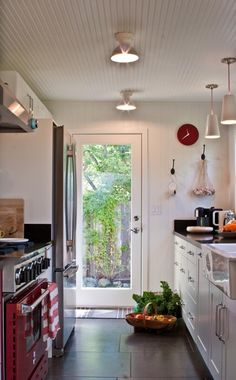 Right now galley kitchens are prevalent in an apartment or small home. Galley kitchen remodel ideas must be efficient for cooking also for the meal space. Galley Kitchen Design, Galley Kitchen Remodel, Galley Kitchens, Home Kitchens, Kitchen Designs, Dream Kitchens, Kitchen Ideas, Kitchen Doors, New Kitchen