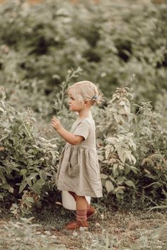 Greta Dress - Baby Clothes Girl , Greta Dress Linen Clothing For Little Girls That gets softer with each wash. Little Girl Fashion, Toddler Fashion, Toddler Outfits, Kids Fashion, Girl Outfits, Children Outfits, Fashion Wear, Toddler Dress, Dress Fashion