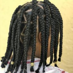 18 Gorgeous Goddess Braids You Need to See Box Braids Bob, Medium Box Braids, Jumbo Box Braids, Box Braids Hairstyles, Latest Hairstyles, Coily Hair, Crochet Braids, Braid Styles
