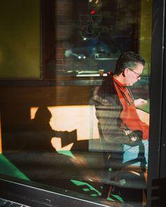 Reader. #streetstyle #streetphotographer #streetphotography #streettogs #streethunters #photography #photographyislife #street #everybodystreet #seattle #washington #coffeeshop #nyc #nycspc