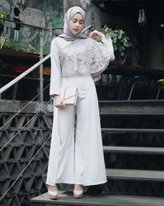 Fashion Hijab Dress Chic Ideas - Fashion Hijab Dress Chic Ideas You are in the right place about vintage fashion Here we offer y - Kebaya Modern Hijab, Kebaya Hijab, Dress Brukat, Hijab Dress Party, Chic Dress, Model Dress Kebaya, Hijab Fashionista, Outfit Look, Muslim Dress