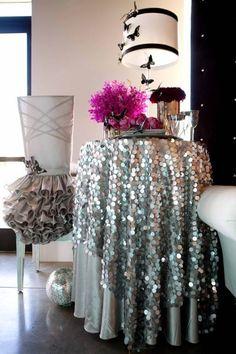 sparkle table cloth and ruffle chair skirt