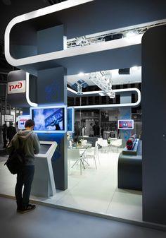 РЖД выставочный стенд. ExpoForce.ru by ivan fomin, via Behance