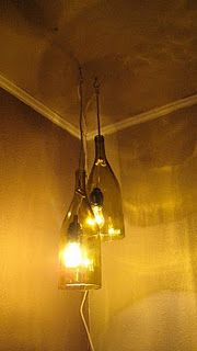 Tutorial - DIY - Glass Wine Bottle Pendant Light.I'd make some modifications with the cords and bulb type, but I want this.