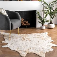 faux hide rug small - Google Shopping Faux Cowhide Rug, White Cowhide Rug, White Rug, Cowhide Rug Decor, Contemporary Rugs, Modern Rugs, Cow Rug, Rugs Usa, Online Home Decor Stores