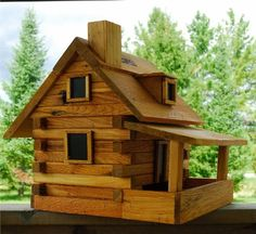 House of Krumbach Log Cabin Bird Feeder Cool Bird Houses, Bird Tables, Bird House Kits, Woodworking Projects That Sell, Bird Feeders, Home Projects, Modern Design, Architecture Design, House Styles