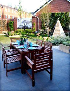 love-your-garden-seating-area-perrins-seedhouse-family Garden Furniture, Outdoor Furniture Sets, Outdoor Decor, Deck Design, Garden Design, Olive Garden, Garden Makeover, Backyard, Patio