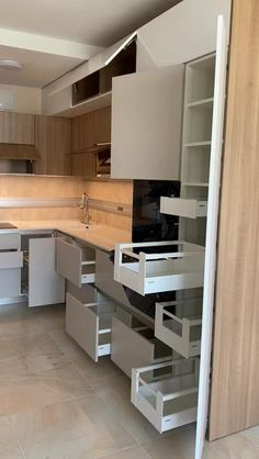 Kitchen Room Design, Kitchen Cabinet Design, Interior Design Kitchen, Modern Interior Design, Kitchen Taps, Modern Farmhouse Kitchens, Farmhouse Kitchen Decor, Home Decor Kitchen, Kitchen Ideas
