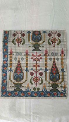 , Embroidery Patterns Free, Cross Stitch Patterns, Cross Stitching, Cross Stitch Embroidery, Palestinian Embroidery, Needlepoint Designs, Cross Stitch Rose, Chiffon, Repeating Patterns
