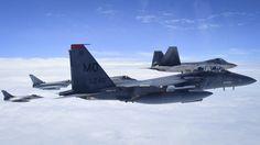 Exercise Atlantique Trident '17. Du 12 au 28 avril 2017, le 1st Fighter Wing et ses F-22A Raptor de l'US Air Force (USAF) accueillaient sur la Joint Base Langley-Eustis (Virginie) les Eurofighter Typhoon de la Royal Air Force (RAF), les Rafale Air de l'Armée de l'Air française, des F-35A Lightning II, ainsi que des F-15E Strike Eagle et des T-38B Talon dans le rôle d'Aggressor.