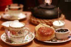 Bapz, salon de thé (13 Rue de la bourse)