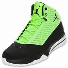 The rigors of outdoor hoops have nothing on the Jordan B'Mo Men's Basketball Shoes. Inspired by the stellar skills of Carmelo Anthony, these Jordan sneakers feature serious durability to withstand even the toughest outdoor games.  The blacktop w