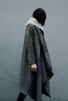 Grey blanket coat with stripes |