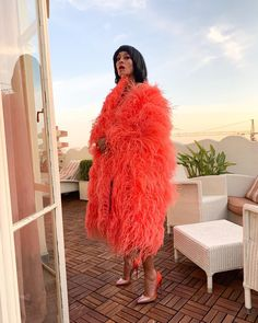 On March the Hollywood club Warwick hosted a party to celebrate the birthday of the Icon, Diana Ross. Dive into this star-filled celebration… Black Women Fashion, Curvy Fashion, High Fashion, Womens Fashion, Mode Disco, Style Casual, My Style, Tracee Ellis Ross, Vogue