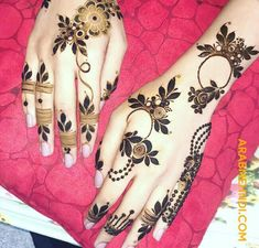 50 Al Ain Mehndi Design (Henna Design) - February 2020 Floral Henna Designs, Finger Henna Designs, Henna Art Designs, Mehndi Designs For Girls, Mehndi Designs 2018, Mehndi Designs For Beginners, Modern Mehndi Designs, Dulhan Mehndi Designs, Mehndi Design Photos