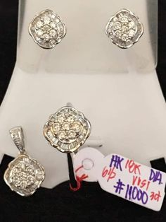 Leonita Gold Ync posted an item for sale — with Chelay Nopal Pelicano-Peralta and 13 others. Certificate, Diamond Earrings, Facebook, Gold, Jewelry, Jewlery, Jewerly, Schmuck, Jewels