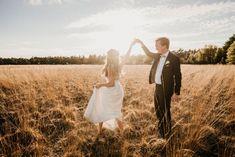 #WeddingWednesday: Laurien & Pierre-François: 'Onze huwelijksvoorbereidingen namen bijna twee jaar tijd in beslag' Couple Photos, Couples, Wedding, Stone, Names, Couple Shots, Valentines Day Weddings, Couple Photography, Couple