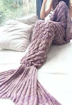 width Mermaid Blanket Yarn Knitted Mermaid Tail Blanket Handmade Crochet Soft Home Sofa Sleeping Bag Adults Sleeping Sweater Weather, Fairy Mermaid, Mode Kawaii, Mermaid Tail Blanket, Mermaid Blankets, Mermaid Tails, Mermaid Scales, Fish Scales, Looks Cool