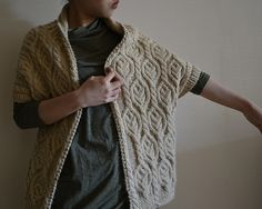 Walnut Cardigan - Walnut Snood paired with aran cardigan :: rokoknit Knitting Designs, Knitting Stitches, Knitting Projects, Hand Knitting, Knit Vest Pattern, Knitting Patterns, Crochet Pattern, Vintage Chic Fashion, Knitted Coat