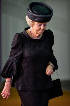 Princess Beatrix, at the national memorial for the victims of Malaysian Airlines MH17