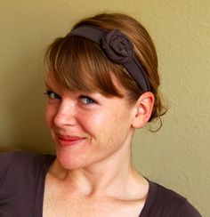 How to make adorable headbands out of old t shirts.