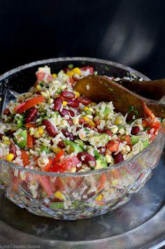 Mexicansk rissalat med kylling Food N, Good Food, Food And Drink, Yummy Food, Mexican Food Recipes, Real Food Recipes, Vegetarian Recipes, Healthy Recipes, Waldorf Salat