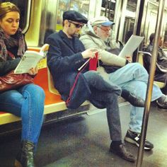 This is the guy I saw knitting a holiday scarf on the subway today. | Flickr - Photo Sharing!