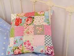 quilt patches pillow, I think I will try this before trying a full quilt