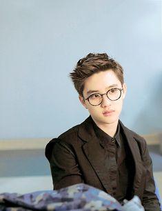 exo EXO-K exo k cutest exok D.O. Kyungsoo d.o do kyungsoo Am I the only one who thinks he looks like a very cute owl with those glasses? Baekhyun Chanyeol, Exo Ot12, Kaisoo, Cnblue, Btob, Shinee, K Pop, Luhan And Kris, Xiuchen
