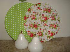 Sousplat Floral by Karen, via Flickr