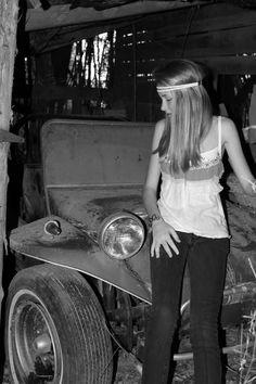 "Manx buggy & ""hippie"" chick"