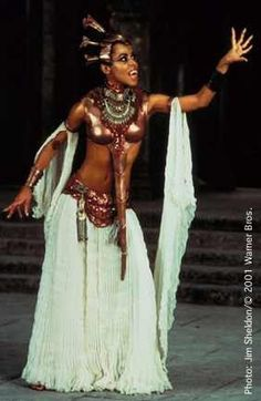 Aaliyah As Queen Akasha