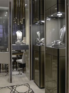 Crivelli luxury Boutique in Capri, interior design and architectural project by Studio Concept Rome. Crivelli diamond and fine jewellery retailer. La nuova boutique monomarca di Crivelli in Capri, progetto architettonico e di interni a cura di Studio Concept Roma