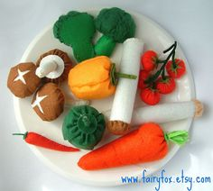 felt food pattern-felt vegetables by fairyfox, via Flickr
