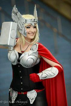 Thor (female cosplayer) #Rule63 #cosplay