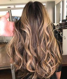 Long layered hair is beautiful, Need to find layered haircuts inspiration? See our list of 90 stunning layered haircuts&hairstyles for long hair now. Wavy Layered Hair, Long Curly Hair, Curly Hair Styles, Haircuts For Long Hair With Layers, Long Layered Haircuts, Face Shape Hairstyles, Hairstyles Haircuts, Wavey Hair, Layerd Hair