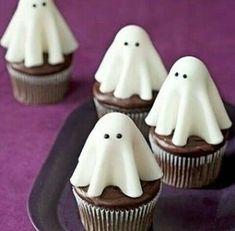 Halloween Desserts, Halloween Cookies, Comida De Halloween Ideas, Halloween Torte, Bolo Halloween, Postres Halloween, Hallowen Food, Halloween Food For Party, Spooky Halloween
