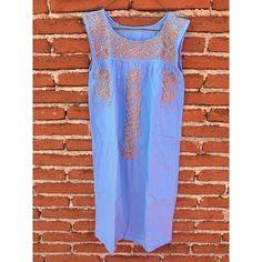 """La Chicatana (@lachicatanaoax) en Instagram: """"Azul celeste en vestido corto con bordados color oro #lachicatana #handmade #diseñoartesanal…"""""""