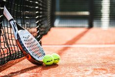 Free Tennis Betting Tips That You Must Know - tennisthump.com Tennis Pictures, Daily Pictures, Tennis Rules, Breaking Back, Games To Win, Wimbledon Champions, Tennis News, Tennis World, Lawn Tennis