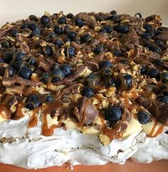 After many questions about this cake, I put together … – Pastry World Baking Recipes, Cake Recipes, Dessert Recipes, Pavlova, Norwegian Food, Scandinavian Food, Sweets Cake, Dessert Drinks, Snacks